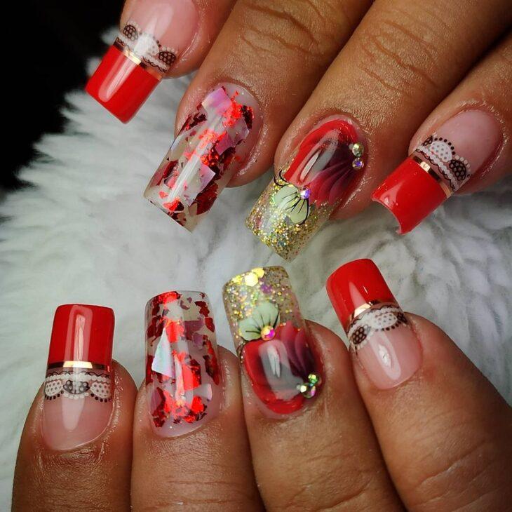 unhas vermelhas com glitter 34