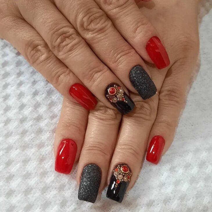 unhas vermelhas com glitter 49