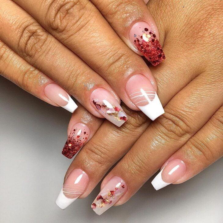 unhas vermelhas com glitter 8
