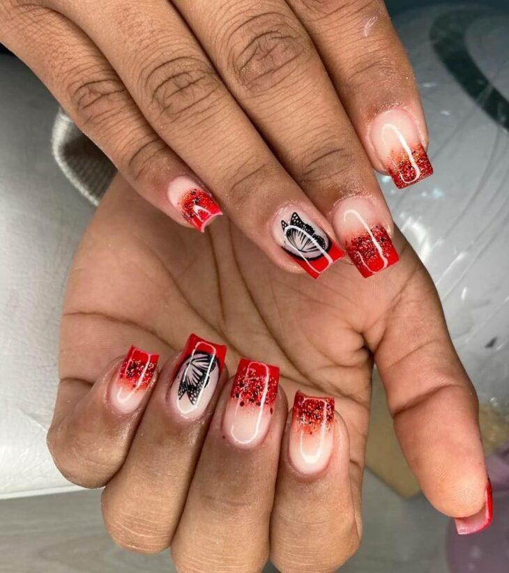 unhas vermelhas com glitter 53