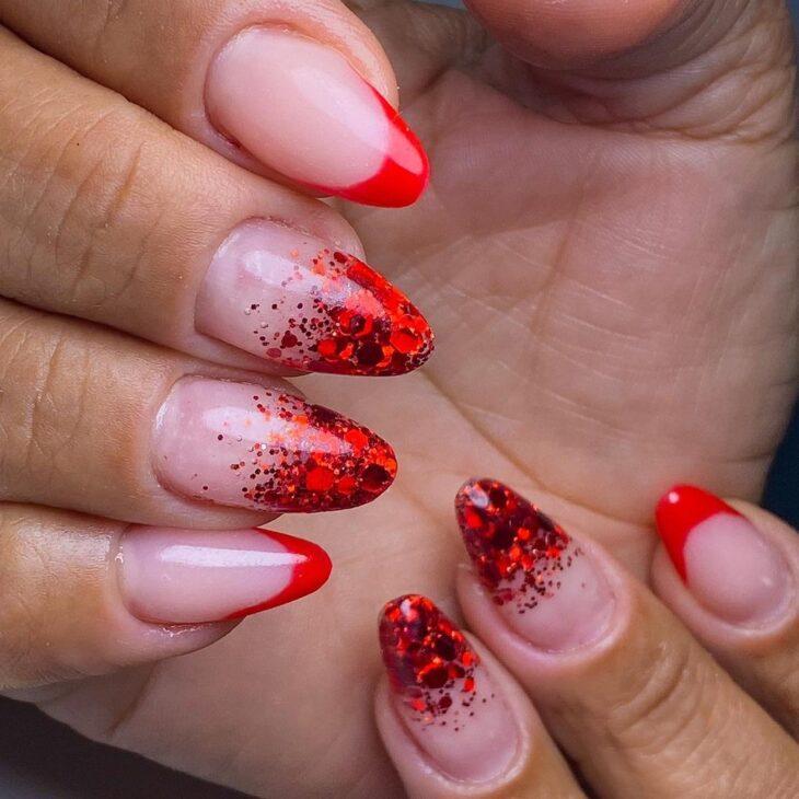 unhas vermelhas com glitter 60