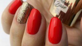 50 fotos de unhas vermelhas com dourado poderosíssimas para se inspirar